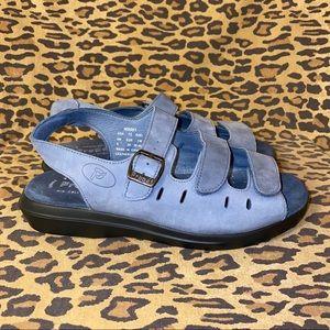 PROPET Blue Leather Sandals Sz 7.5